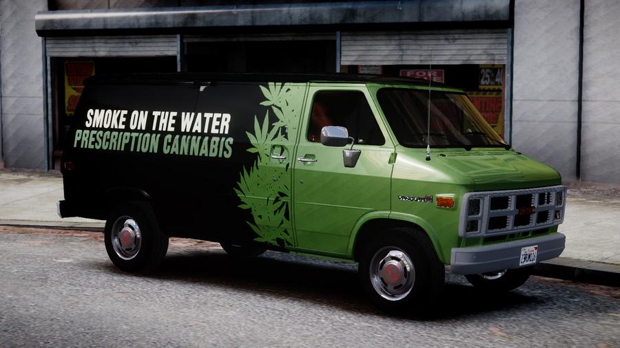 1983 GMC Vandura G 1500 V Cannabis Van Paintjob